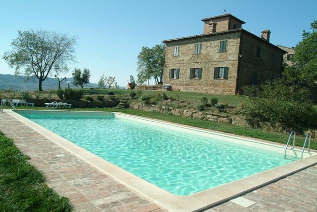 Offerta piscine interrate busatta civetta vendita piscine for Busatta piscine prezzi